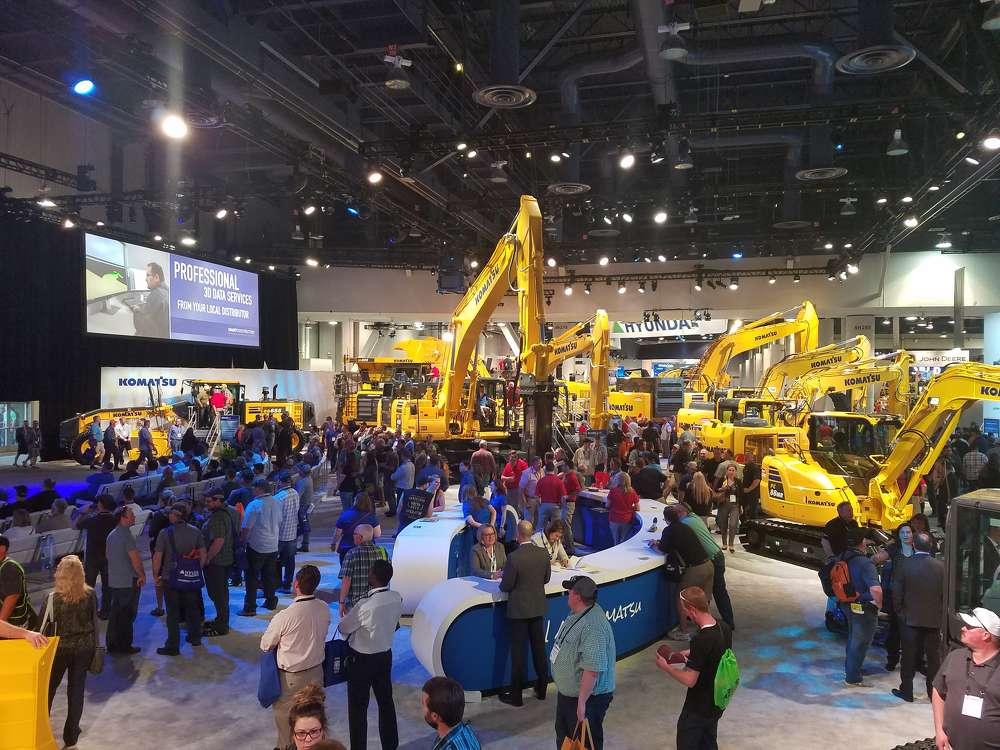 The Komatsu booth was jam-packed with attendees.