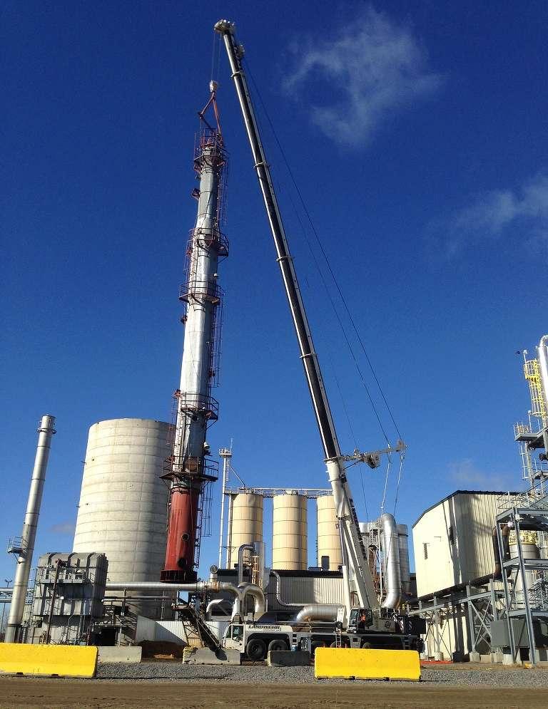 Terex AC 350/6 crane at work .