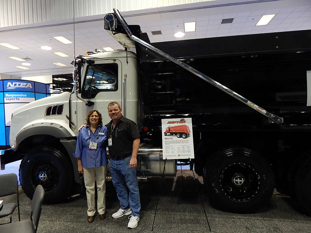 Sandy Wilkins of Crysteel Manufacturing,  Lake Crysteel, Minn., catches up with Dave Wilcox, Universal Truck Body, Fontana Calif.