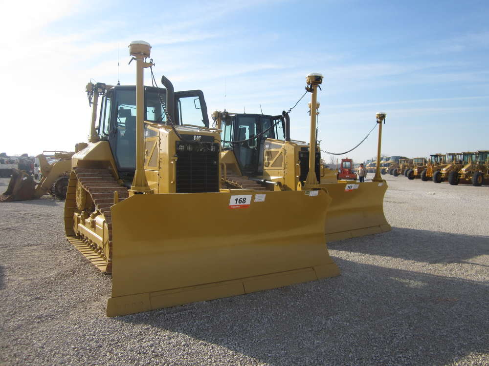 The auction featured a wide variety of well-maintained Cat equipment.