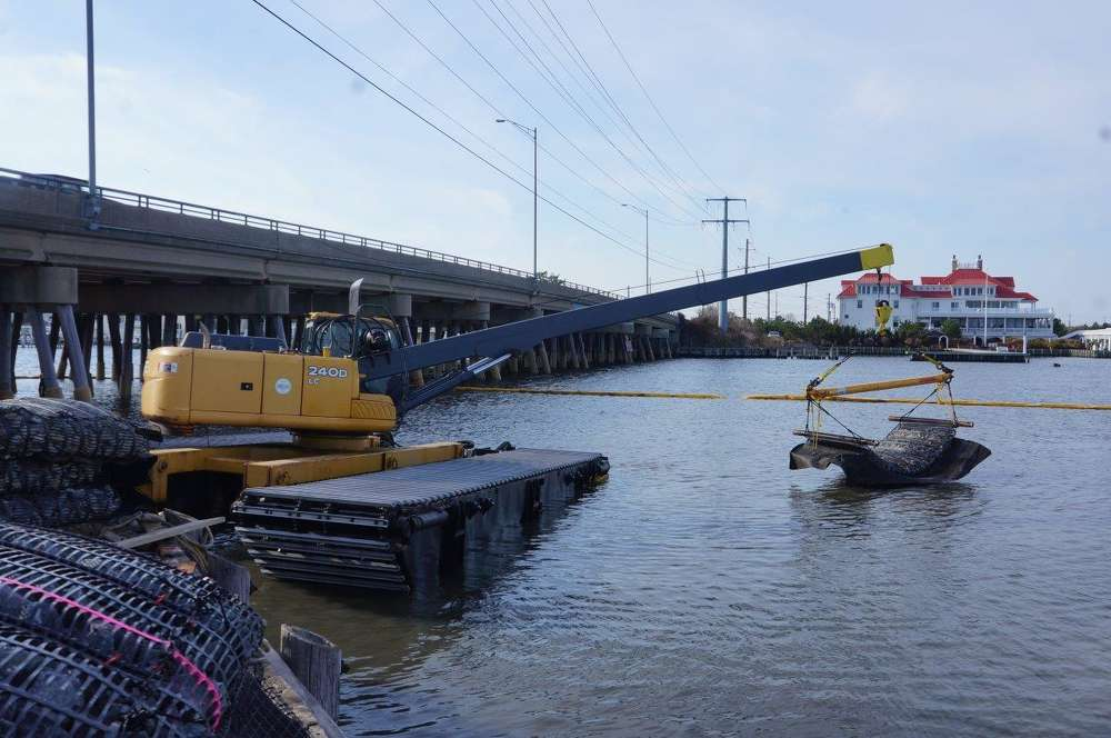 One of the recent calls Ransome received was from Schiavone Contracting in Savaucus, N.J., to assist with a job that involved working underneath the bridges and approaches to Long Beach Island.