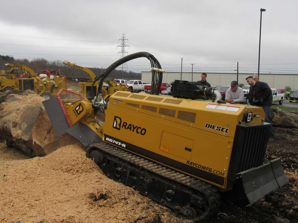 Rayco's Erich Rommel demonstrates the remote-controlled RG74T-R high-production stump cutter.