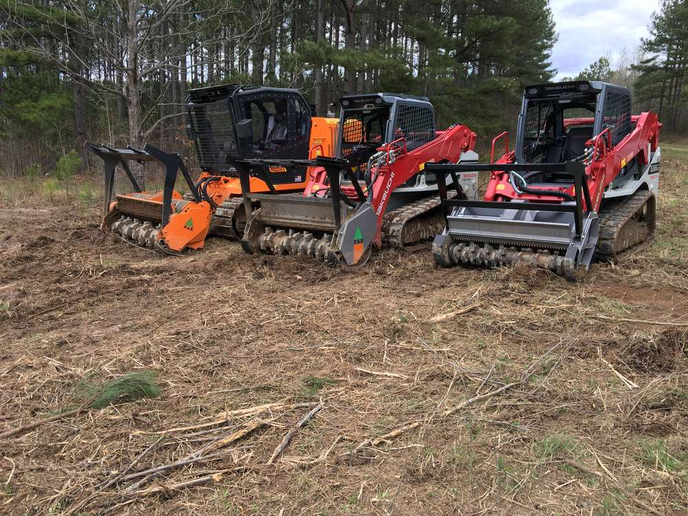 The product demonstration included the FAE PT75 as well as a Takeuchi TL10V2 and a Takeuch TL12V2, both with FAE products mounted on them.