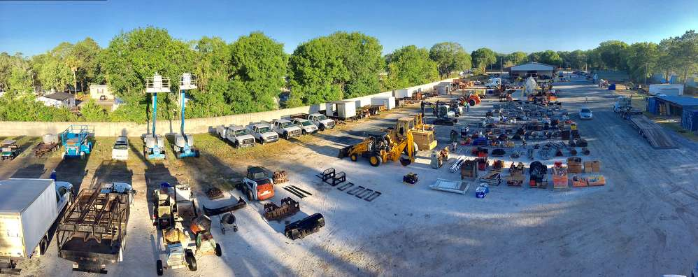 Alex Lyon & Son held a complete liquidation auction on April 11 in Tampa, Fla.