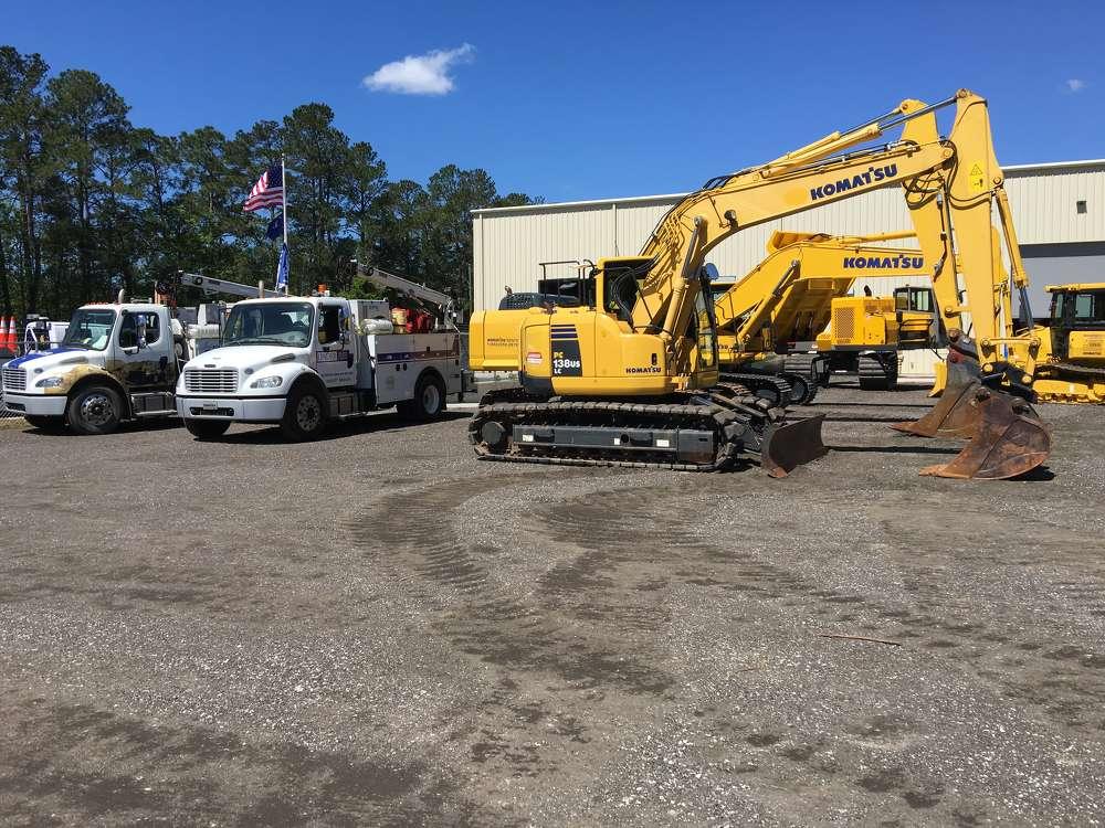 Linder offers equipment from a variety of manufacturers, including Komatsu, Wirtgen, Atlas, Konecranes, Mantsinen, Aljon, Etnyre, Superior Brooms and  Midland, and has a fleet of service trucks.