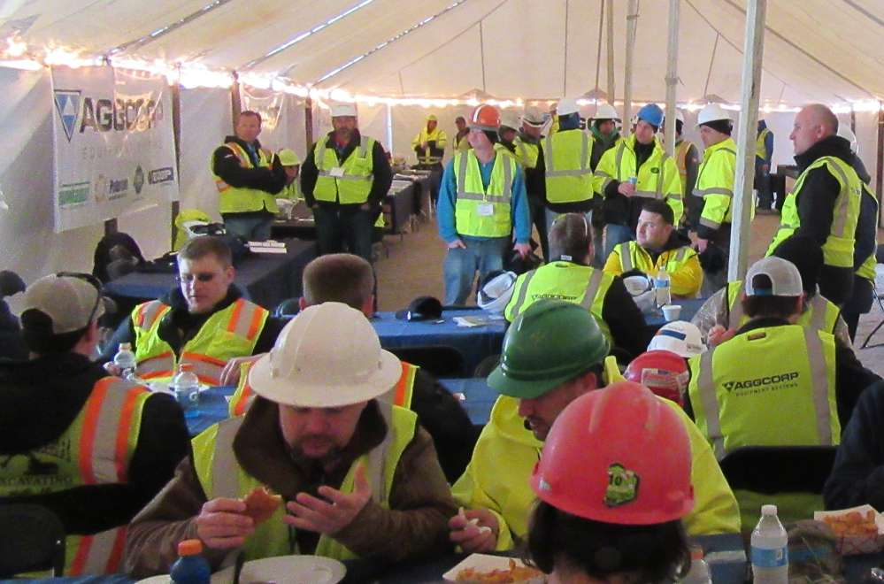 A tent was set up at the quarry where attendees could come in to warm up and enjoy a catered lunch.