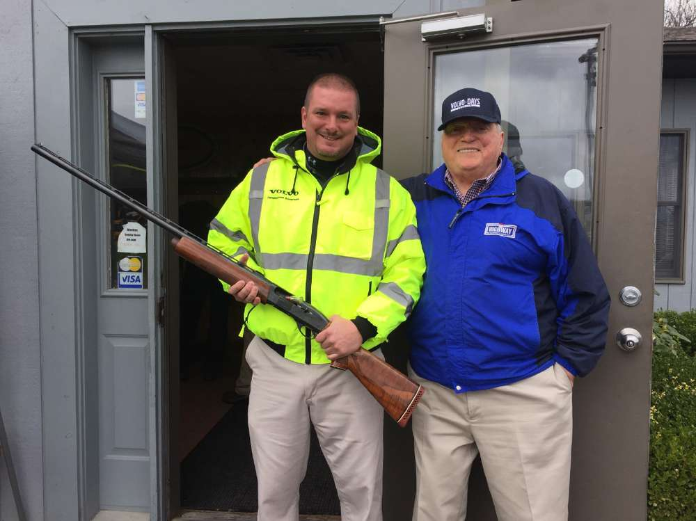 Joe Rick (L), territory sales manager, and Bob Palermo, sales manager, are ready to shoot.