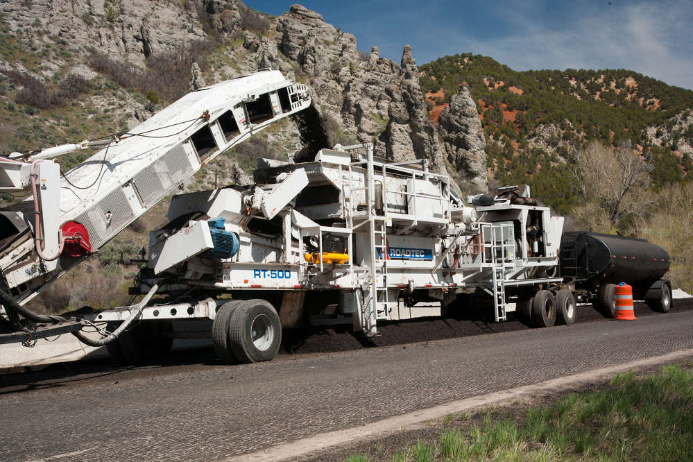 The Roadtec RT-500 mobile recycle trailer.