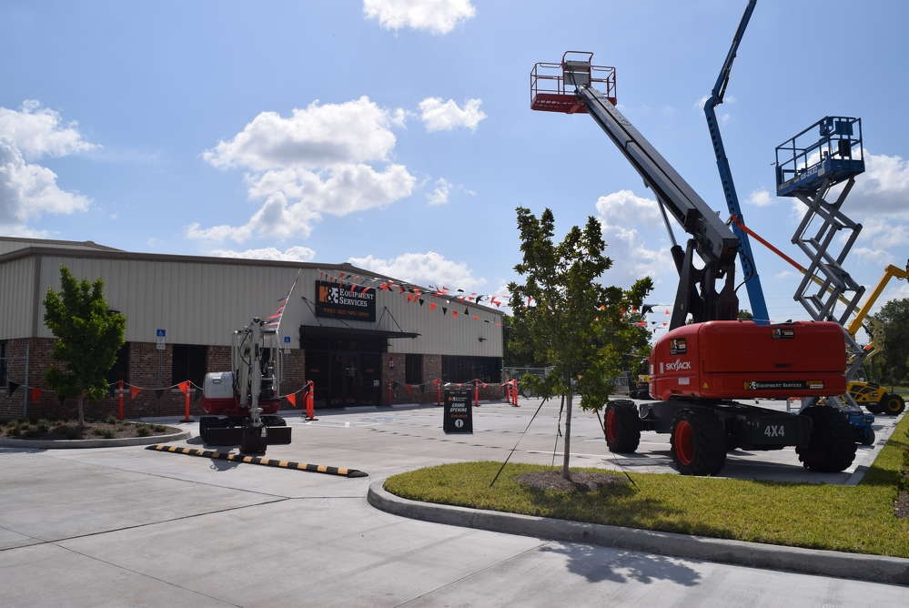 H&E Equipment Services held a grand opening event at its Fort Myers, Fla., location on April 20.