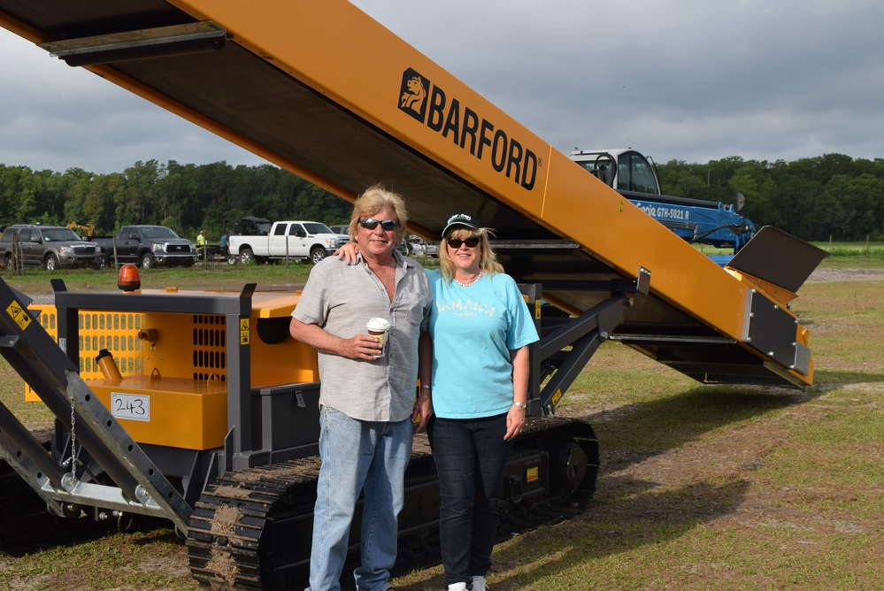 Joe and Sue Smalley came down to Florida from Michigan to look at this Barford conveyor.