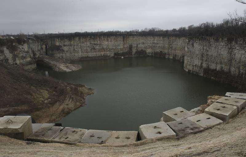 Atthe Elmhurst Quarry Flood Control Facility, an observation deck is being built to give curiosity seekers a clearer, safer way to view it.