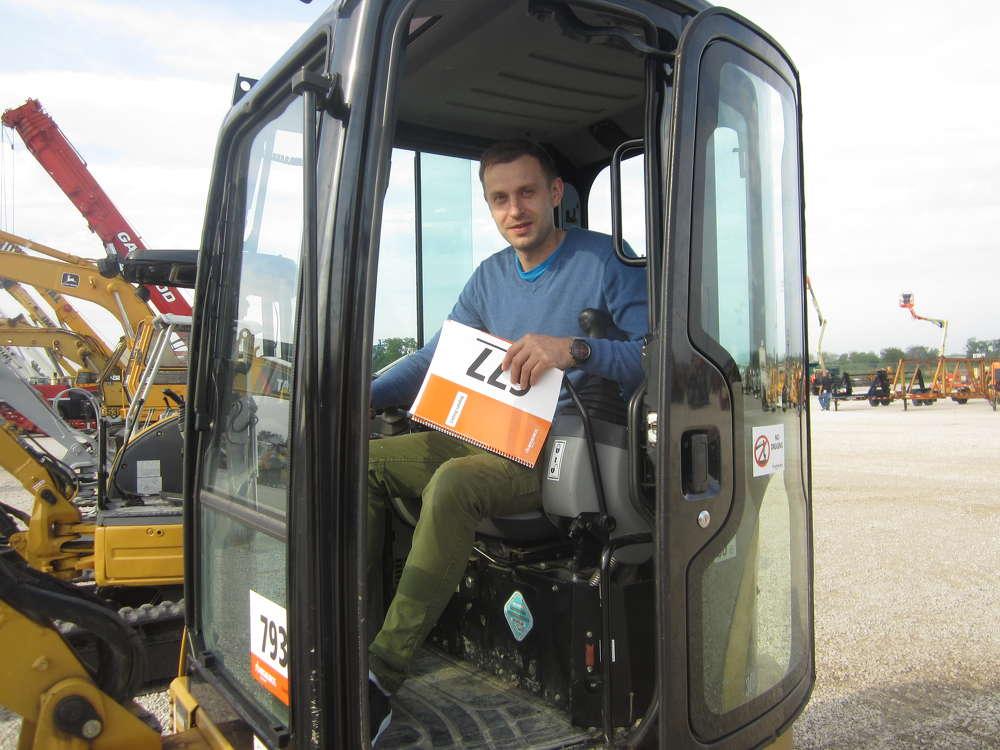 Derrick Talaska tests out this Cat 303.5 mini-excavator.