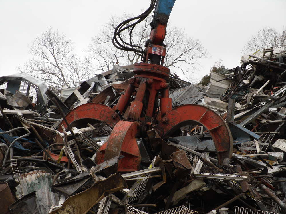 """Buying the grapple from Mack Manufacturing was a positive way to return a favor to them,"" said Lee Leavitt, president of ASM Recycling, located in Mobile."