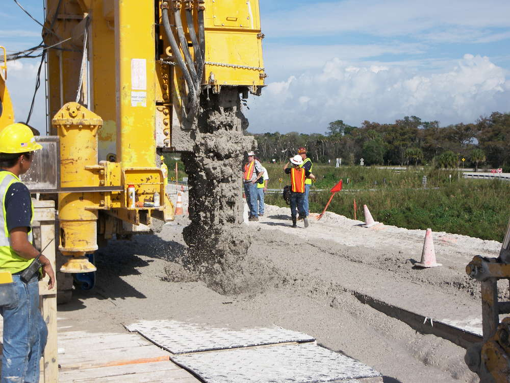 """""""Simply, that is like a vertical chainsaw that goes down into the existing perimeter of the dike at the crest,"""" said Mike Rogalski, the program manager on the project for the Jacksonville District of the USACE."""