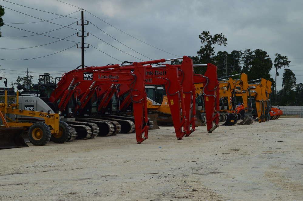 Link-Belt Excavators were on display for Nueces Power Equipment customers. (Brandi Muniz photo)