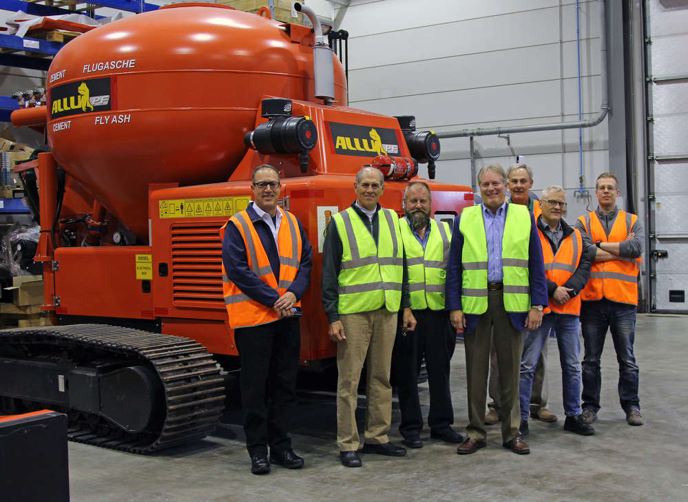 (L-R) are: Edgar J Chavez, ALLU USA, president/CEO; Ben Dutton, vice president of sales & marketing, ECA; Ray Kemppainen, branch manager, ECA; Roy Kern, chief executive officer, ECA; Steve Stoker, materials processing national sales manager, ALLU USA; Fredrik Dromberg, vice president — process equipment, ALLU; and Mikko Kuronen, production engineer, ALLU.
