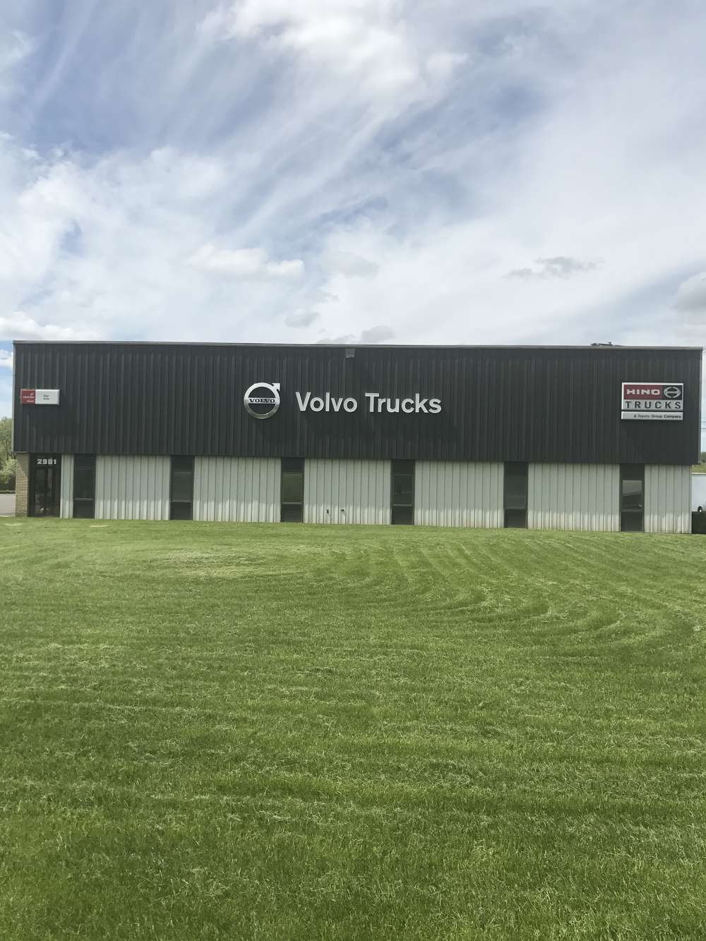 Burr Truck is one of the oldest family-owned Volvo Truck dealerships in the country.