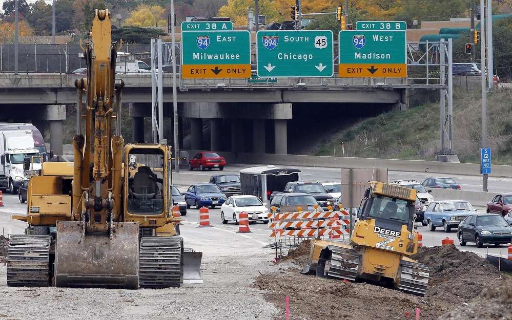 State budget talks hit an impasse June 5, with Republicans who control the Legislature at odds over how much to spend on K-12 schools, how to pay for roads and whether to cut property taxes. (Milwaukee Journal Sentinel photo)
