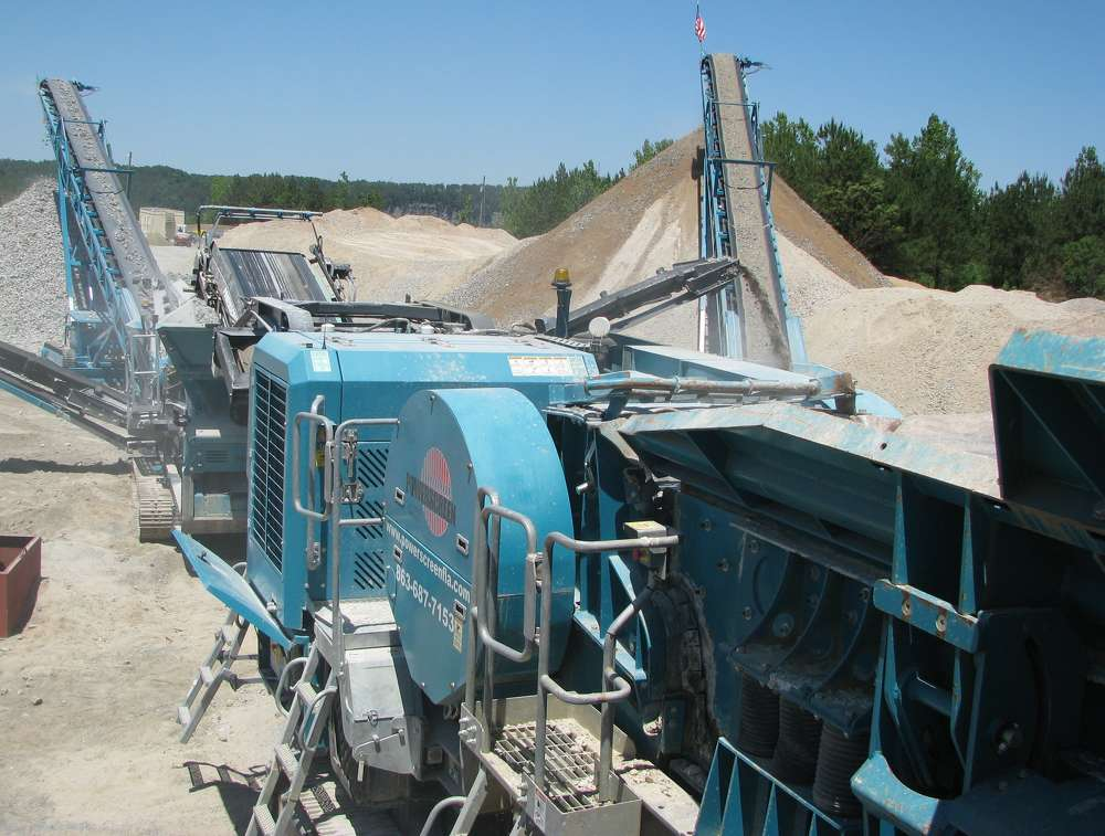 At the heart of the recycling operation is a Powerscreen Premiertrak 300 primary jaw crushing plant.