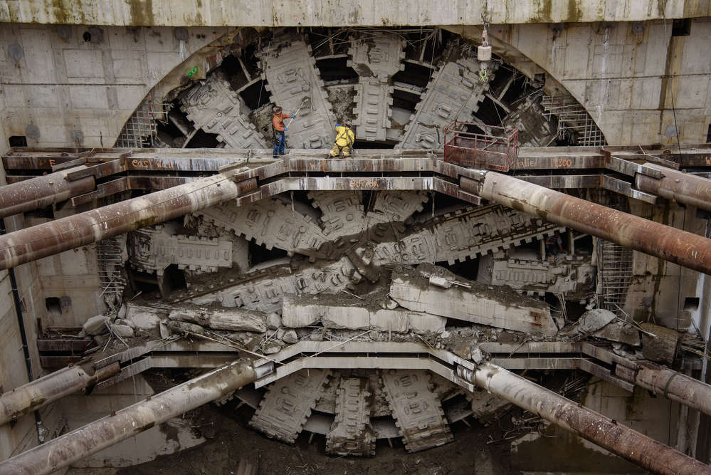 Crews clean the face of Bertha, the SR 99 tunneling machine, a few days after the five-story-tall machine completed its 9,270-foot journey beneath Seattle. Crews clean the face of Bertha, the SR 99 tunneling machine, a few days after the five-story-tall machine completed its 9,270-foot journey beneath Seattle. (WSDOT photo)