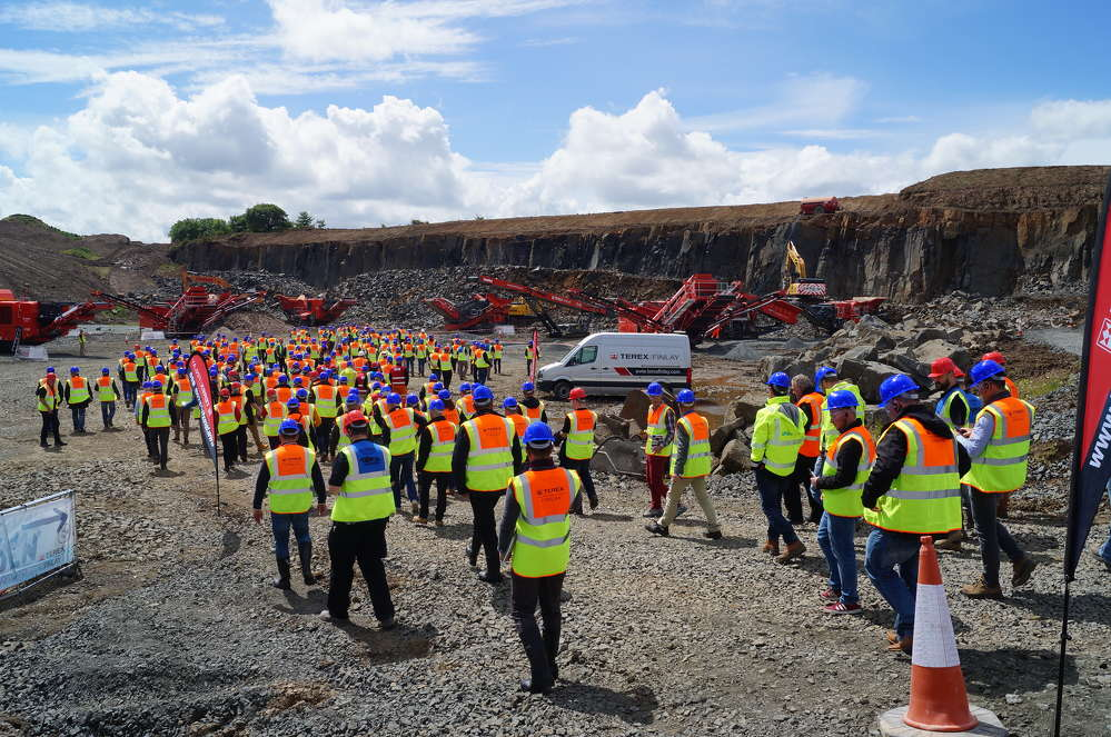 Terex Finlay, hosted an international open day in Edinburgh, Scotland, on June 15 and 16. In total more than 350 dealers and customers from North and South America, Europe, Russia, Japan and South Africa, visited the site over the two days.