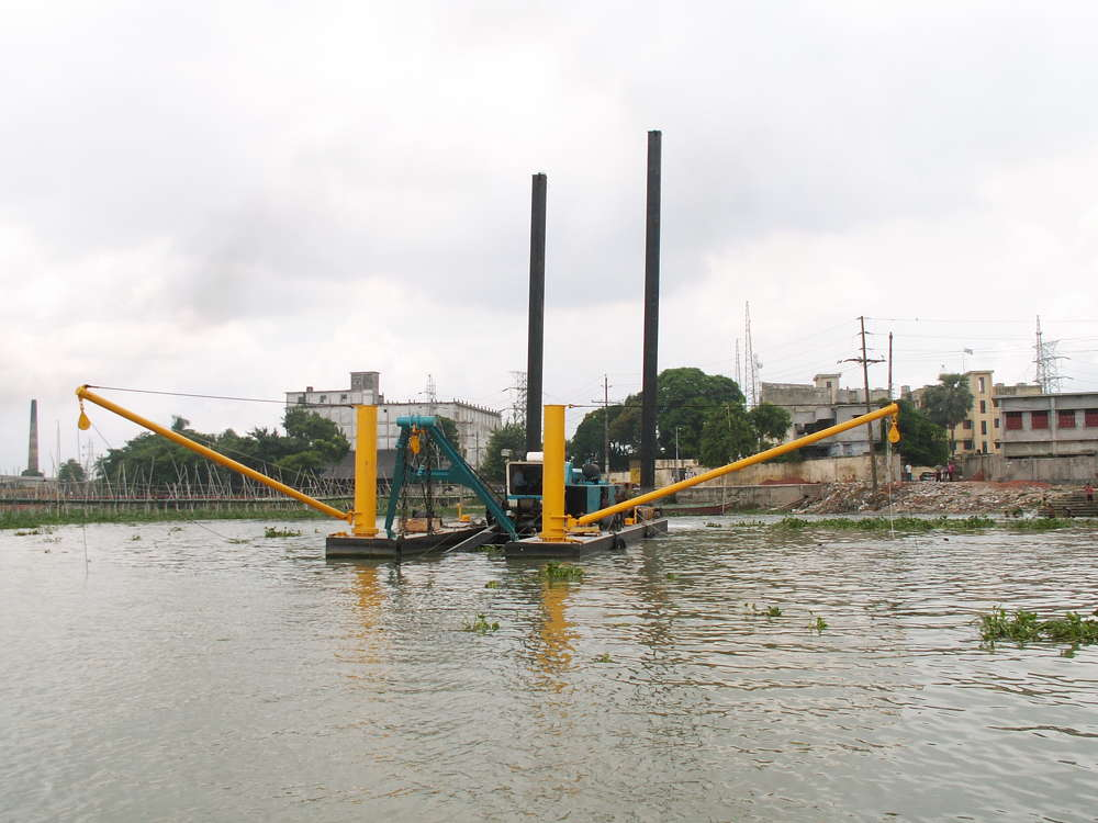 DSC 18-inch Shark Class Dredge in Bangladesh.