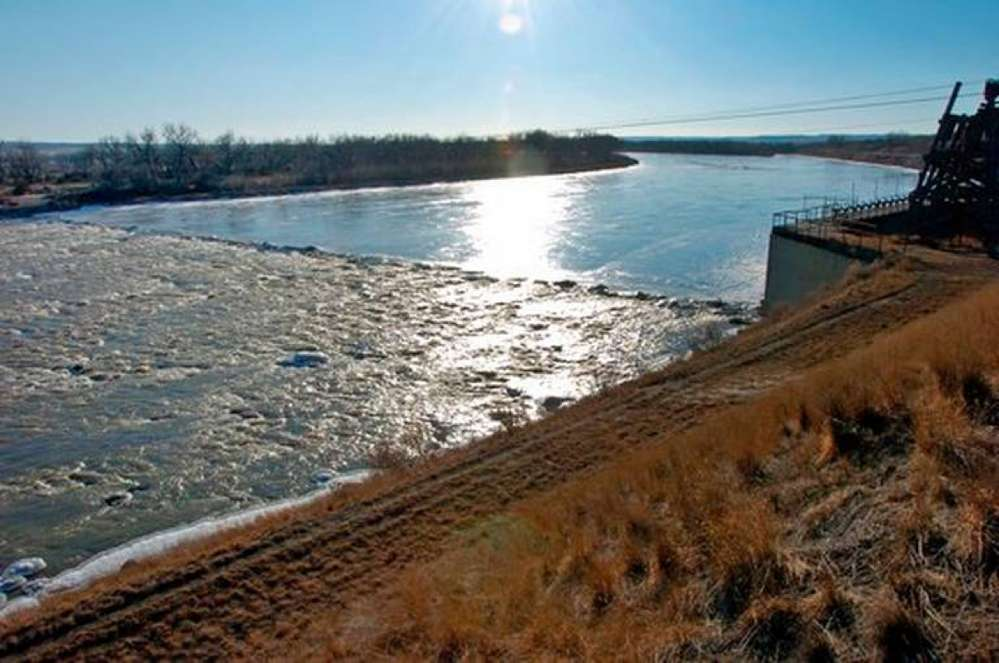 A judge blocked construction of a $59 million irrigation dam because of the potential threat to an ancient fish species in Montana's Yellowstone River.