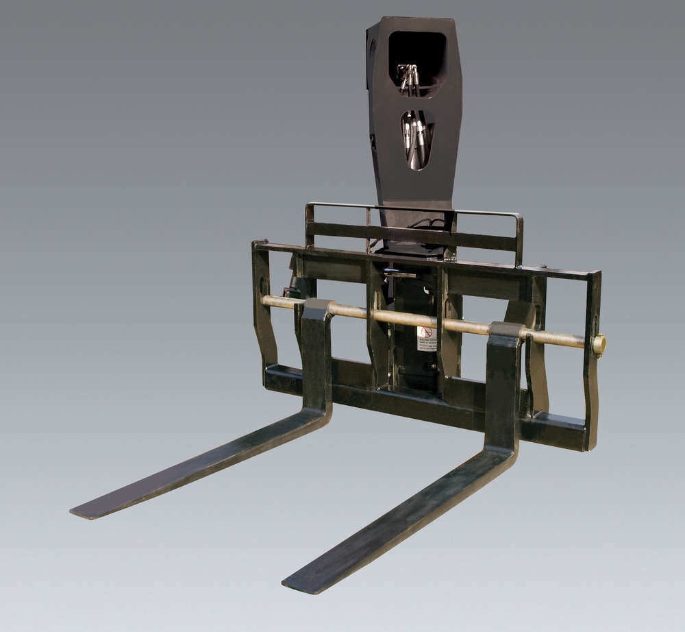 The 180-degree swing carriage is an offset pivoting attachment, allowing operators to rotate outside the machine's wheels.