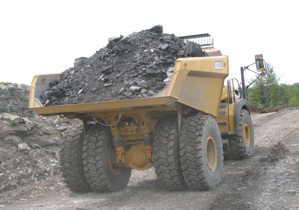 Crews load the Bell B60E at the Vulcan Materials Dalton, Ga., quarry.