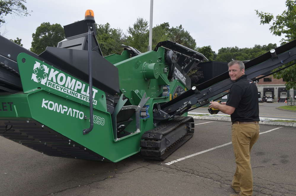 Seth Ursell explains the compact design and engineering behind the remote-controlled KOMPLET recycling system.