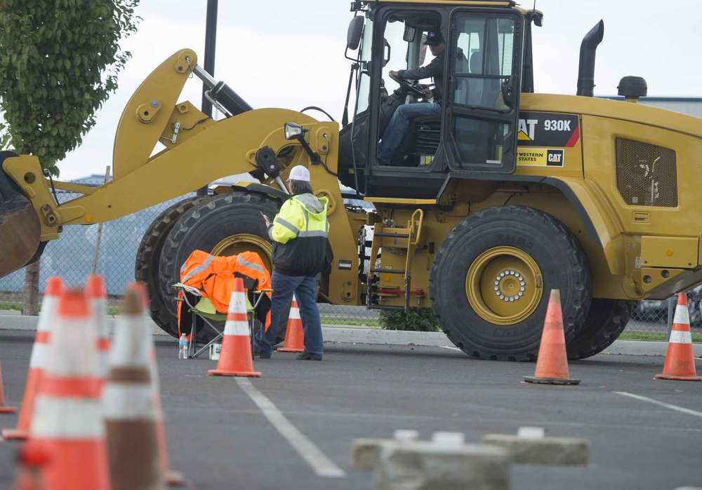 The Idaho Transportation Department is holding a free three-week hands-on heavy equipment operator course.  (spokesman.com photo)