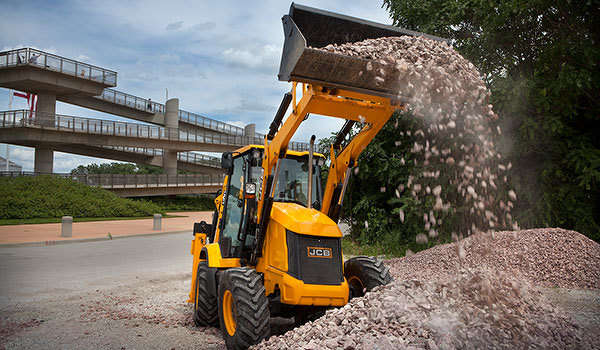 JCB's 3CX compact delivers JCB's backhoe loader performance and versatility in a 35 percent smaller package, making it ideal for confined urban job sites and highway repair, according to the manufacturer.