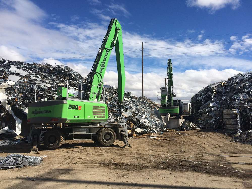 Two 830 M E Series — A typical Sennebogen application in a scrap yard found in Arizona and Nevada.