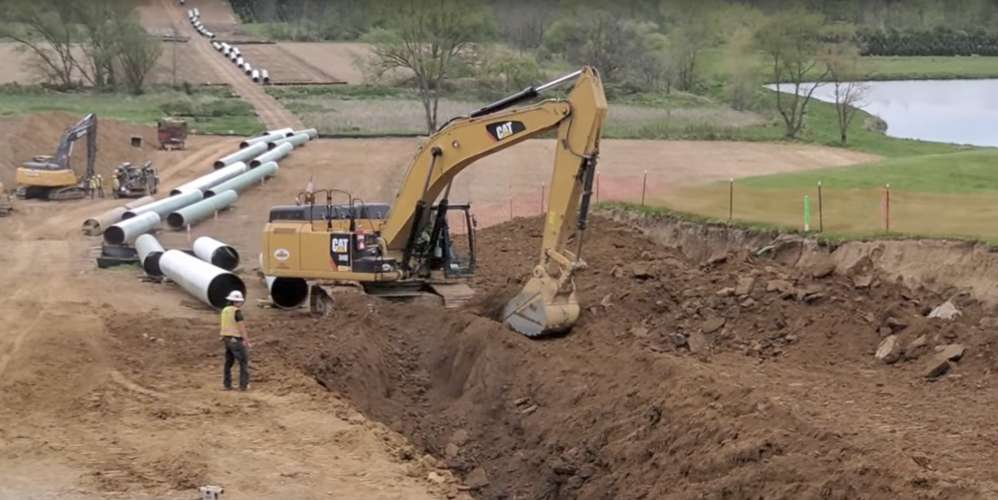 West Virginia environmental authorities have ordered a halt to Rover Pipeline construction where it found permit violations damaging several streams.