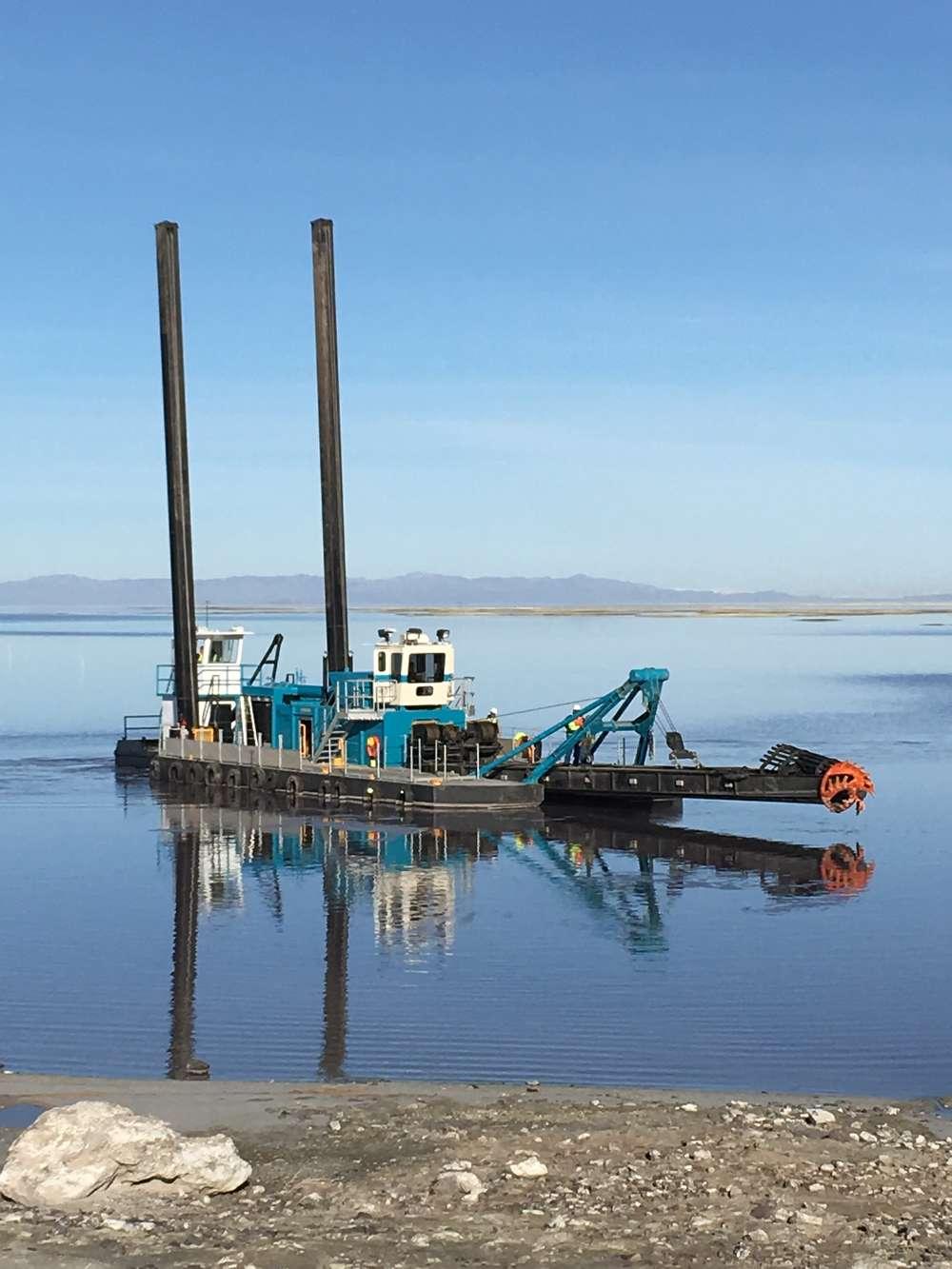 DSC 18-inch Shark Class Dredge with Tier 4 Final C32 ACERT Caterpillar engine in a U.S. minerals application.