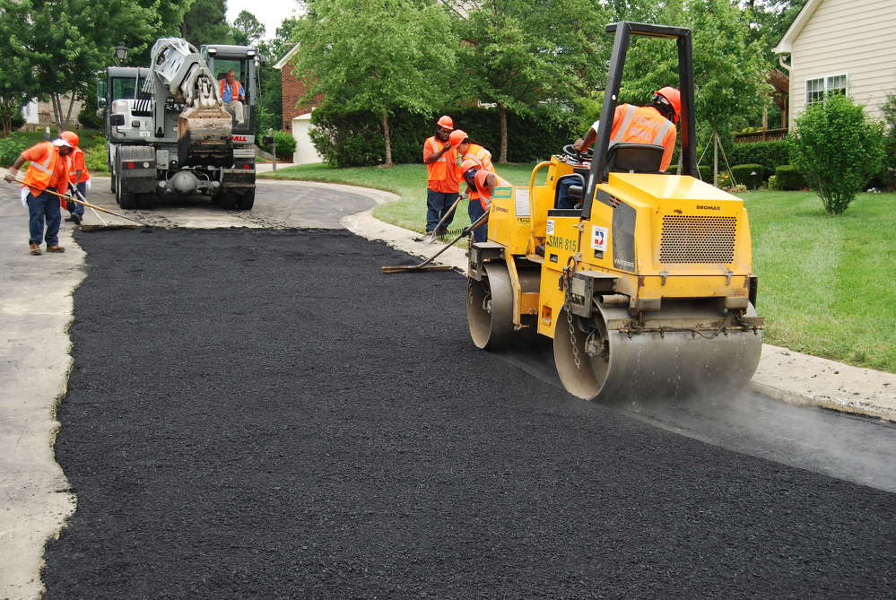 Demand for asphalt in paving applications is projected to rise 3.4 percent annually to 21.9 million tons in 2021.