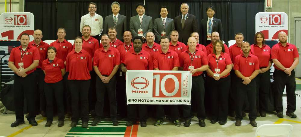 As part of the 10 year celebration, Hino held an onsite ceremony to honor this achievement. The ceremony included statements from state and local government officials as well as Hino leadership.