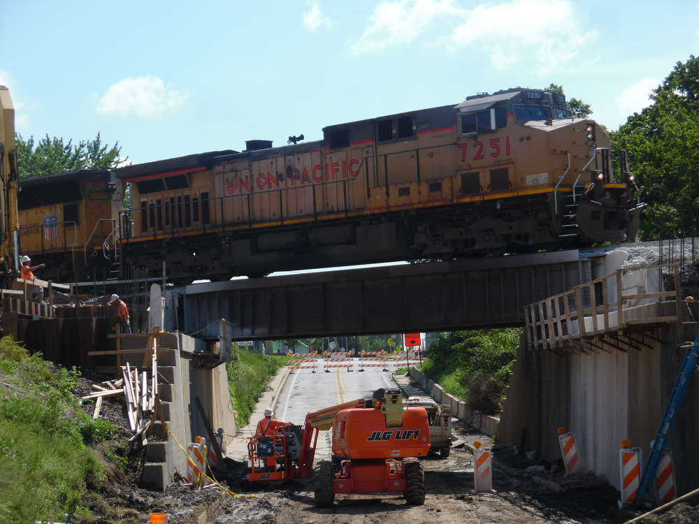 A 2015 breakdown of the costs had $757 million allocated for track and infrastructure, $218 million for level crossing upgrades and $414 for rolling stock. (Millstone Weber Photo)