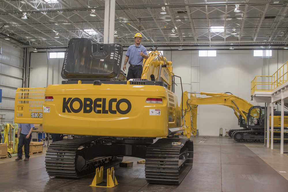 Production capacity at the Kobelco USA excavator production facility will include a total of 11 models by 2018.