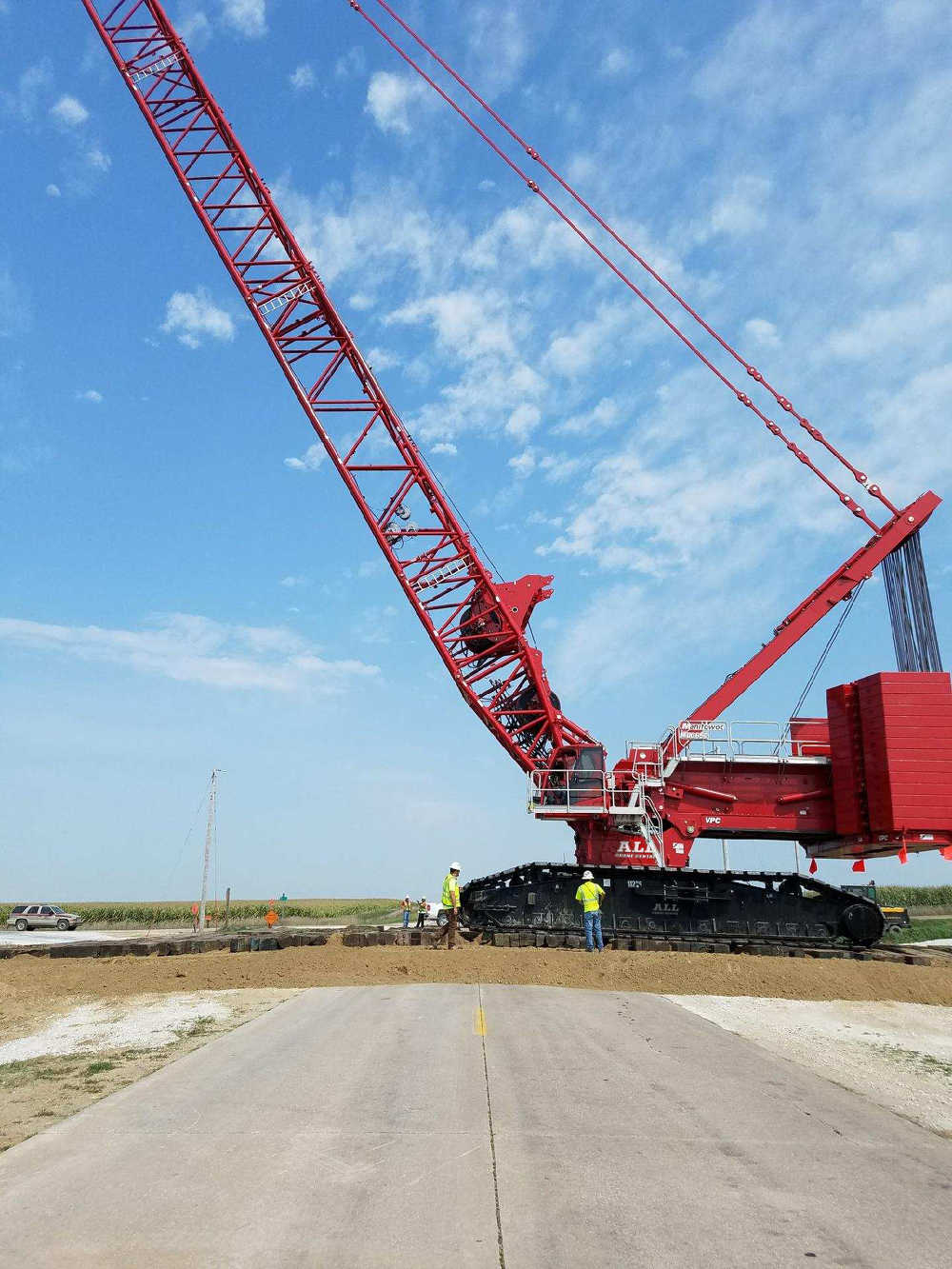 The All Family of Companies has strengthened its fleet by adding two versatile and popular Manitowoc MLC650 crawler cranes.