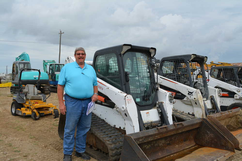 This Bobcat T770 had a long look from Allen Blakeman of Blakeman Steel of Fort Worth.