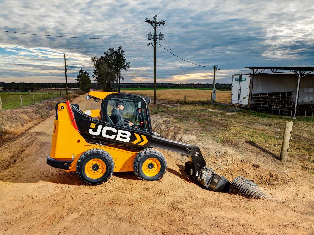 Based on JCB's large-platform skid steer design, the Teleskid is available in the 3TS-8W wheeled and 3TS-8T track models, with rated operating capacities of 3,208 and 3,695 lb. respectively.
