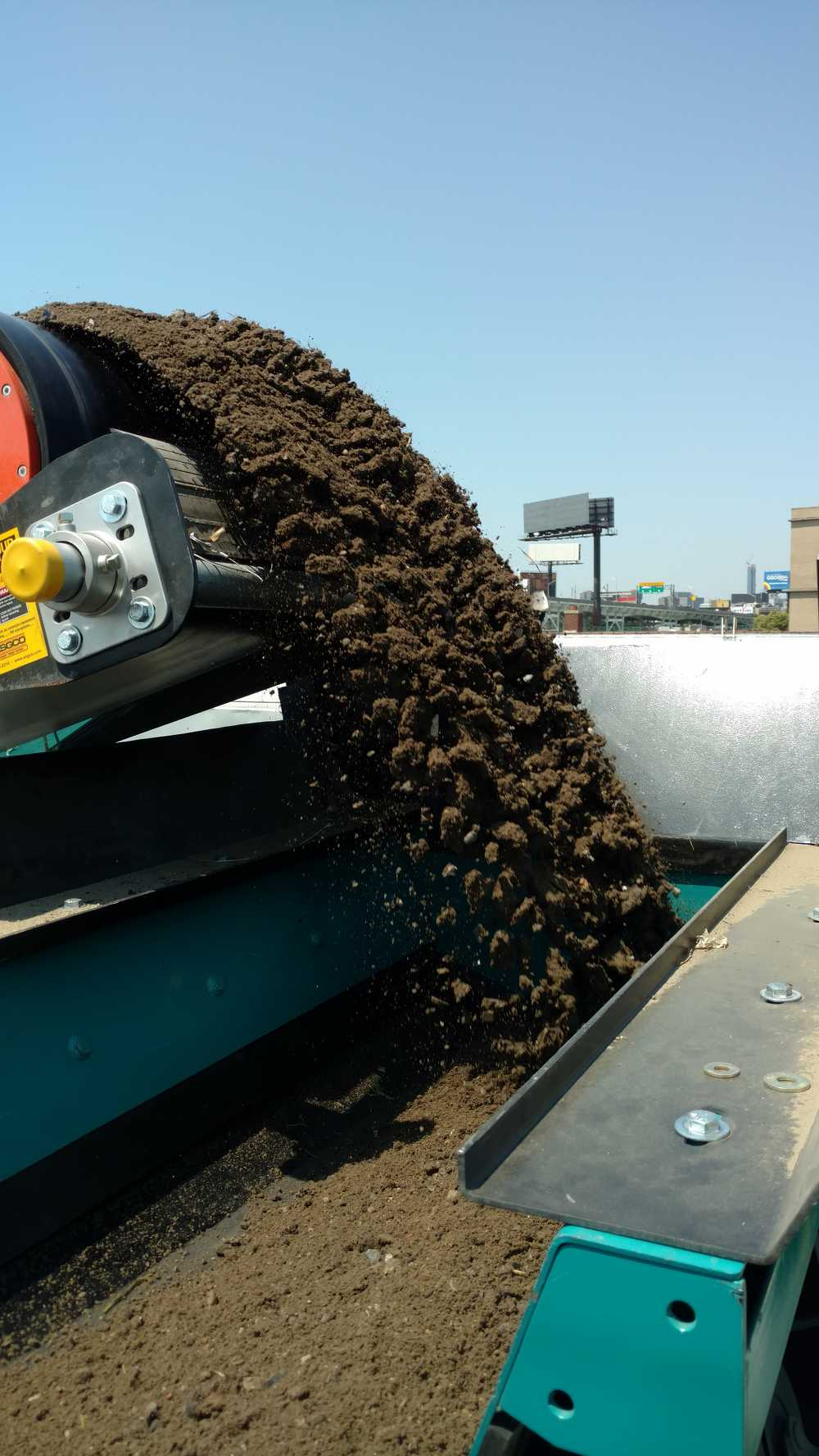 Hunters Point Recycling creates a screened fill and Item 4 aggregate.