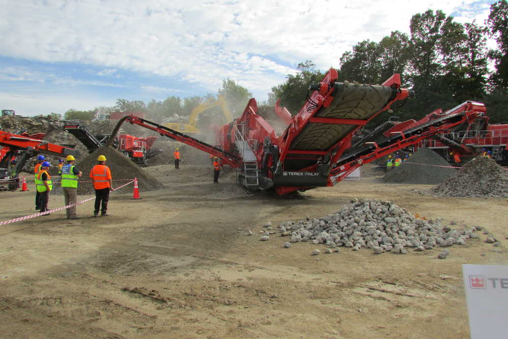 At the site event at Reliable Contracting on Oct. 5, 13 different machine were set up with nine in operation.
