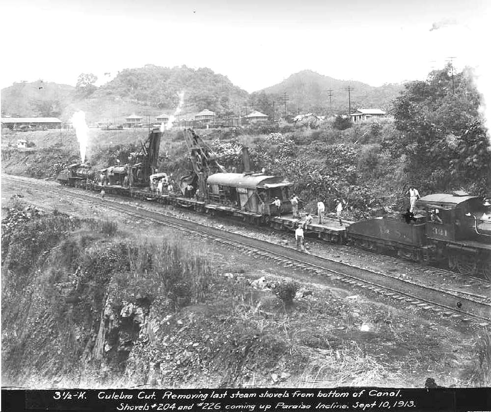 On Sept. 10, 1913 at the Culebra Cut, the last steam shovels are removed from bottom of the Panama Canal coming up Paraiso Incline.
