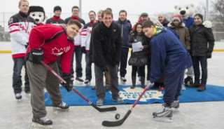 Puck drops on new rink in Regent Park