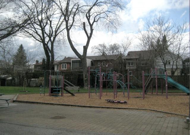 Oakwood-Vaughan | Neighbourhoods | Toronto | NextHome