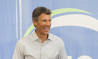 Vancouver mayor wants to curb housing speculation