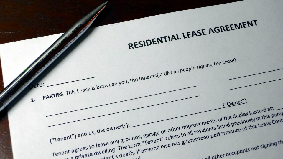 The Rental Agreement One Year Lease Vs Month To Month