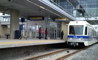 New Edmonton LRT line rolls on despite problems